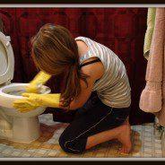 Na co zwrócić uwagę, sprzątając łazienkę